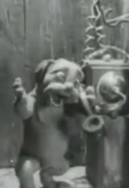 The.Mascot.Complete..Uncu.(Great Early.Stop.Motion.Animation.From.1933.By..Ladislas.Starewicz)